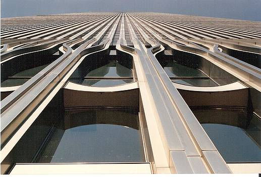 Looking up to the WTC by Malcolm B Smith