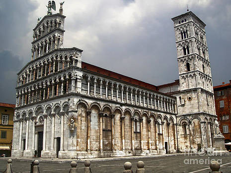 Gregory Dyer - Lucca Italy - San Michele in Foro