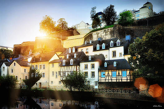 Luxembourg in the rays of sun. by Viktor Korostynski