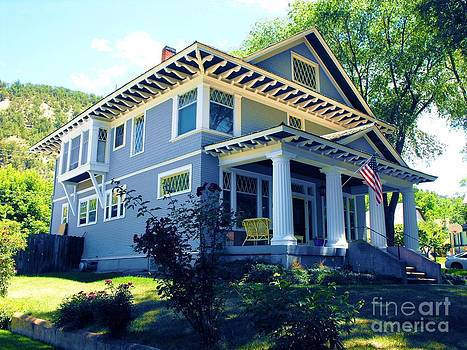 Magnificent Craftsman Arcitecture House Glenwood Colorado by Annie Gibbons