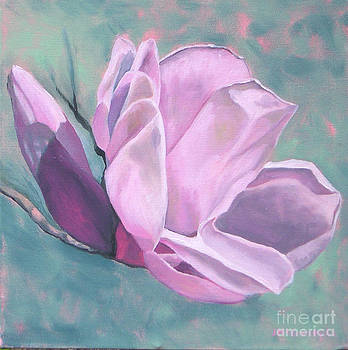 Magnolia 4 by Joan McGivney