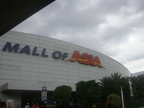 Mall of Asia by Cherryl Fernandez