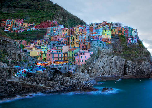 Manarola by Daniel Sands