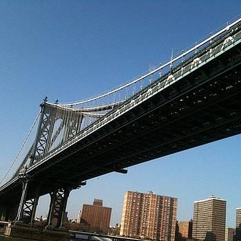 Manhattan Bridge by Fern Fiddlehead