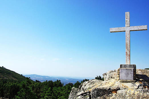 Marble cross at Penha church Portalegre by Inacio Pires