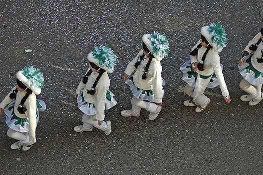 Marching in a row - German Carnival procession by Matthias Hauser