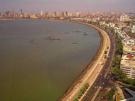 Marine Drive Mumbai by Xafira Mendonsa
