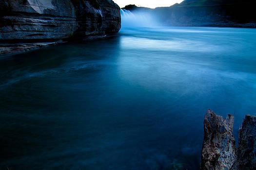 Jonathan Hansen - Maruia Falls Moonlight