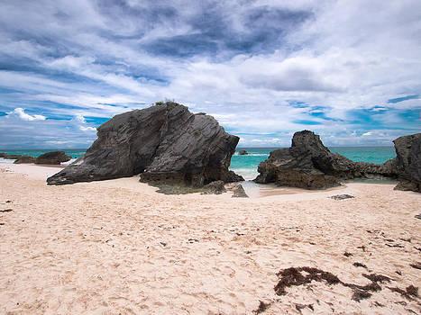 Maxine's Bay by Valerie Morrison
