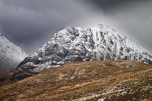 Meall Dearg mountain at Glencoe Scotland by Gabor Pozsgai