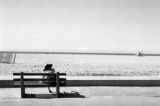 Mejor Sentarse y esperar by Irina Caraveo
