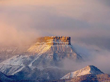 FeVa  Fotos - Mesa Verde Adorned with Clouds