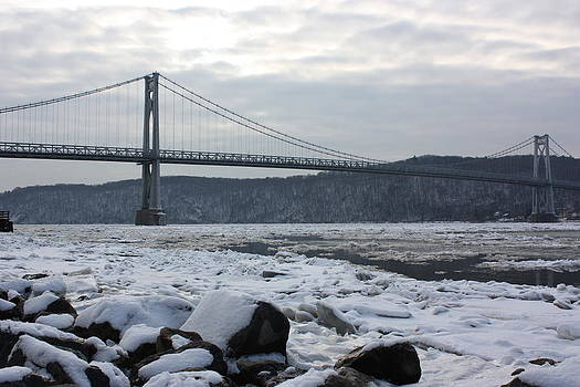 Mid-Hudson in Winter by Robert Rizzolo