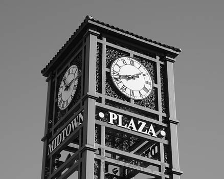 Midtown Clock by Jim Norwood