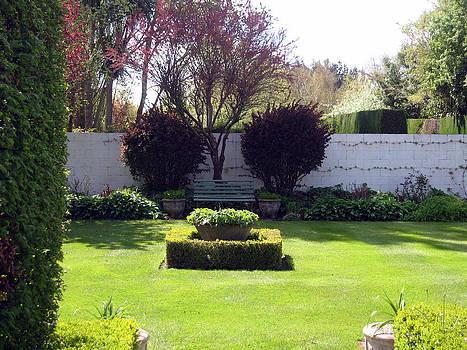 Rachael Shaw - Millstream Gardens 7