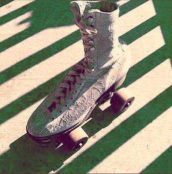 Mono Skate by Gabe Arroyo