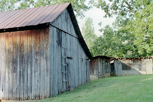 Monroe barns by Lee Hartsell