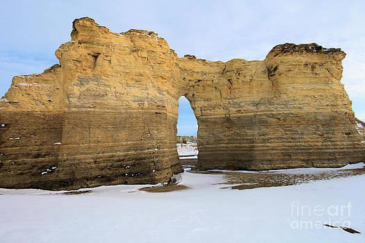 Adam Jewell - Monument Rocks Arch