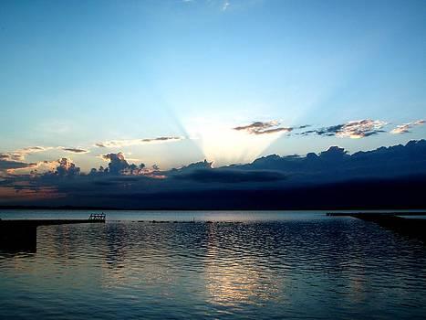 Morning sunrise storm by Jonathan Lagace