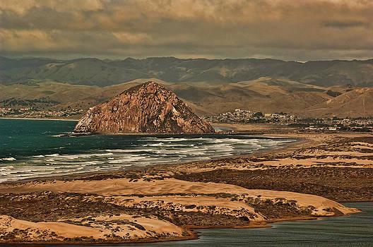 Morro Rock by Roy Bozarth