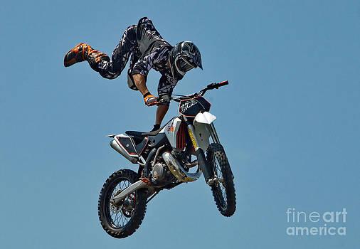 Andrea Kollo - Motorcycle Trickster
