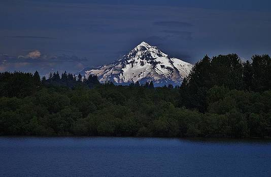 Mount Hood by Kay Reamensnyder
