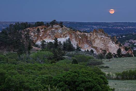 Mount Saint Francis and the Super Moon by Andrew Serff