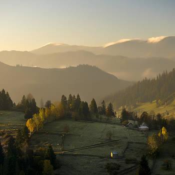 Mountain landscape by Ovidiu Bastea