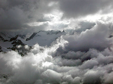 Mountains in the Clouds by Erik Tanghe