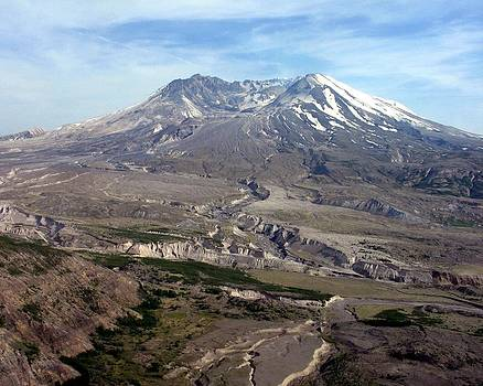 Mt. Saint Helens 2 by Diana McClure