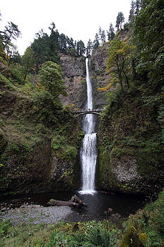 S and S Photo - Multnomah Falls - 0002