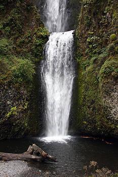 S and S Photo - Multnomah Falls - 0004