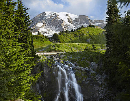 Tim Fitzharris - Myrtle Falls And Mount Rainier Mount