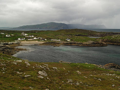 Na Dunaibh and Horn Head by Steve Watson