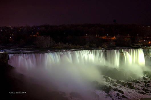 Niagara Falls at night by Jale Fancey