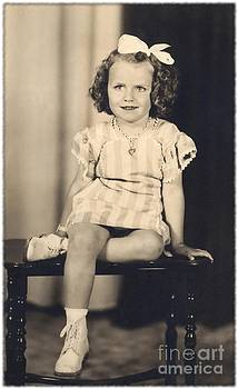 Sophie Vigneault - Nineteen Forty Six