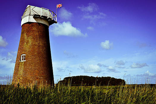 Norfolk Windmill by Ruth MacLeod