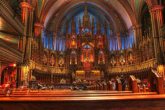 Notre Dame Basilica by Dominic Yuvan