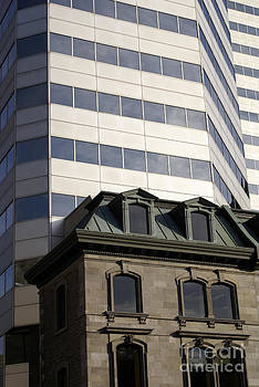 John  Mitchell - OLD AND NEW ARCHITECTURE Montreal Quebec
