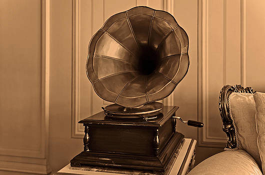 Kantilal Patel - Old antique gramophone in room setting