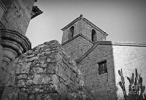 Ines Bolasini - Old Castle