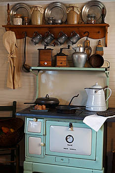 Carmen Del Valle - Old Cook Stove