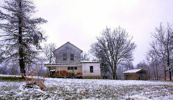 Carmen Del Valle - Old Farm Winter