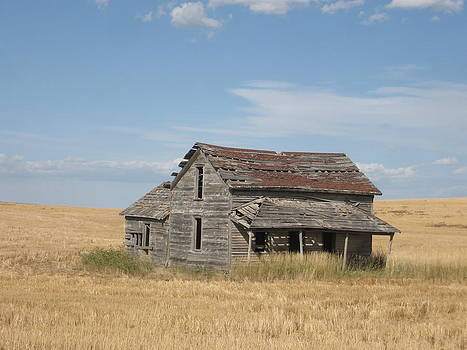 Old Homestead by J W Kelly