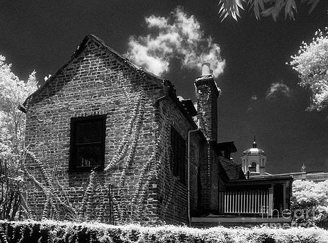 Jeff Holbrook - Old House in Charleston