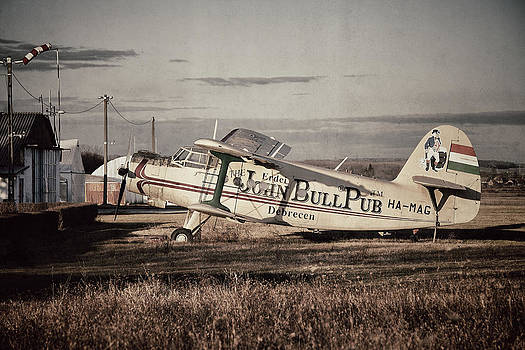 Old plane by Ferenc Farago