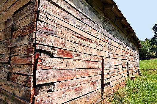 Old Red Barn by Susan Leggett