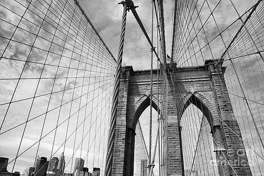 On the Borrklyn Bridge by Holger Ostwald