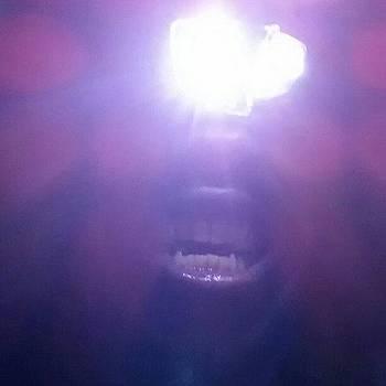 Optic Blast! ....#nofilter #lightgasm by Leon Nayshun
