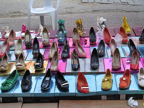 Alfred Ng - outdoor shoes sale